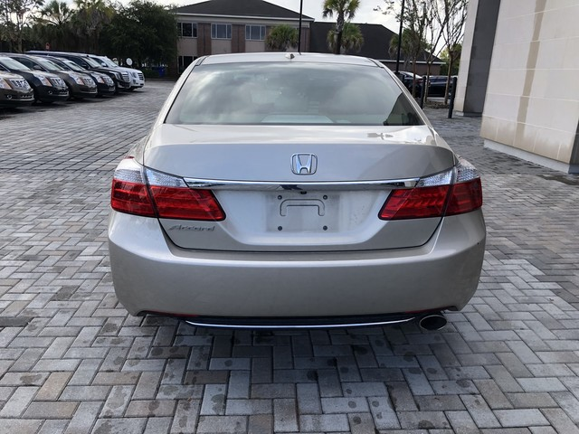 Pre-Owned 2015 Honda Accord Sedan EX-L
