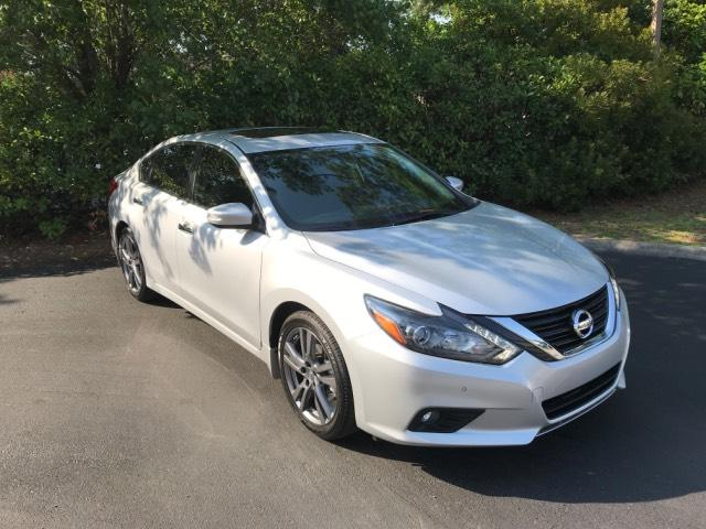 Pre Owned 2018 Nissan Altima 3.5 SL Sedan