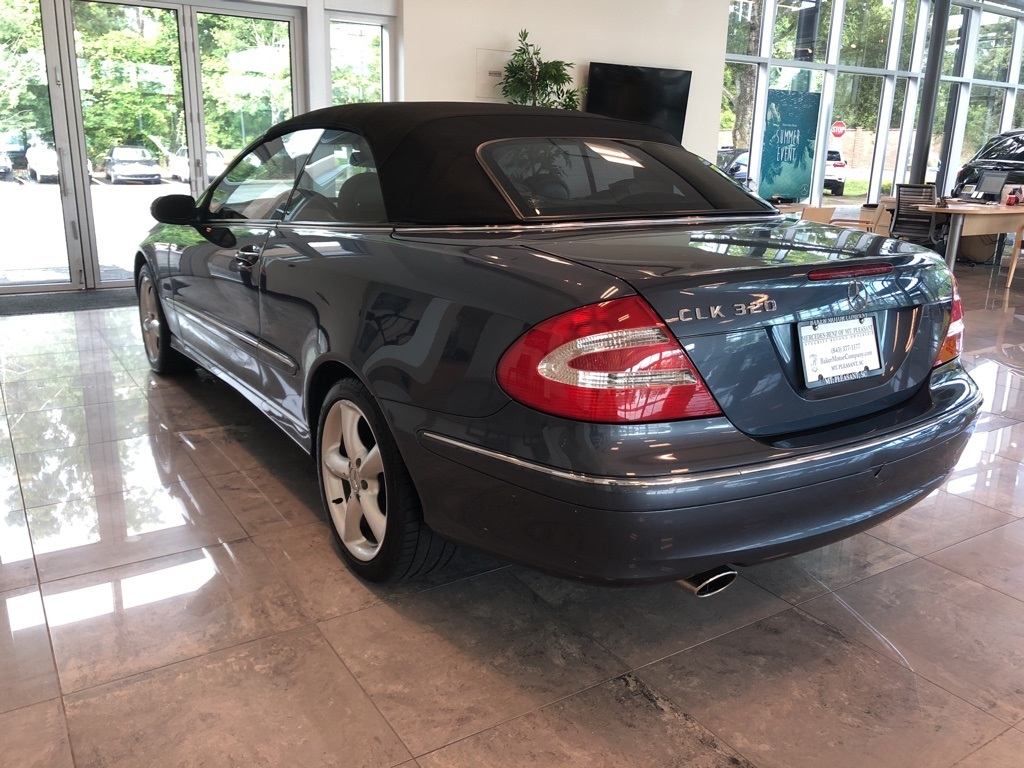 Pre-Owned 2004 Mercedes-Benz CLK CLK 320