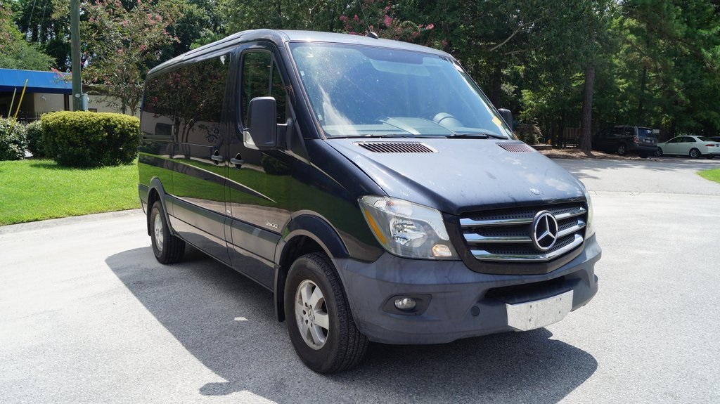 Pre-Owned 2014 Mercedes-Benz Sprinter 2500 Passenger 144 WB