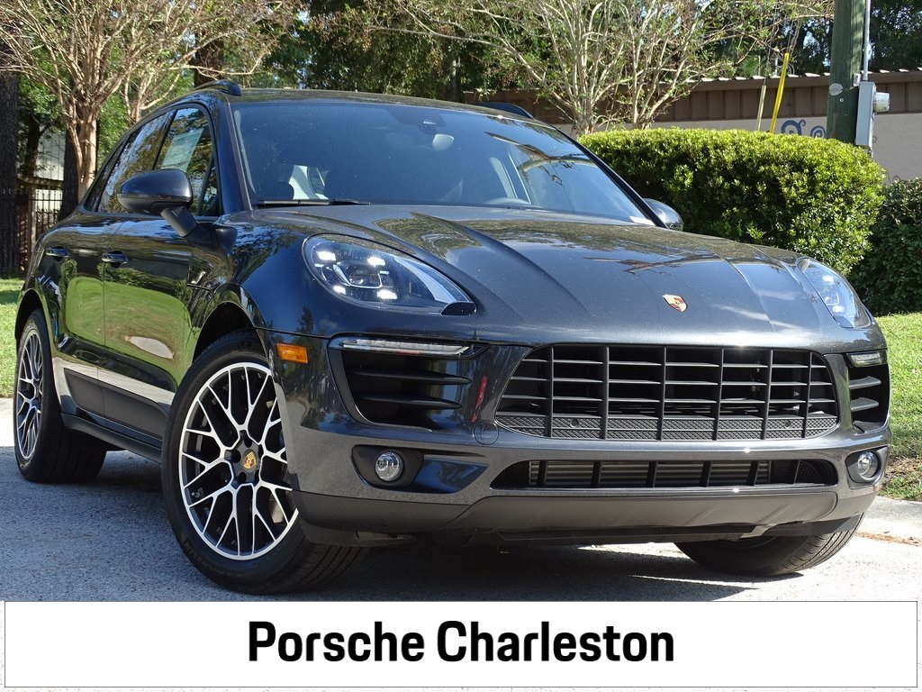 Certified Pre-Owned 2018 Macan Sport Edition