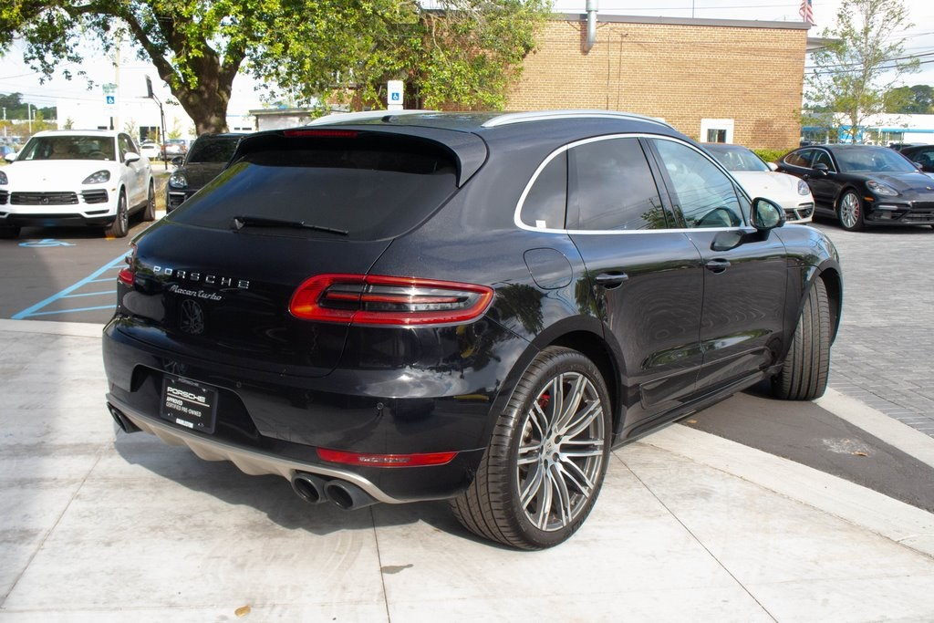 Certified Pre-Owned 2018 Porsche Macan Turbo w/ Performance Package
